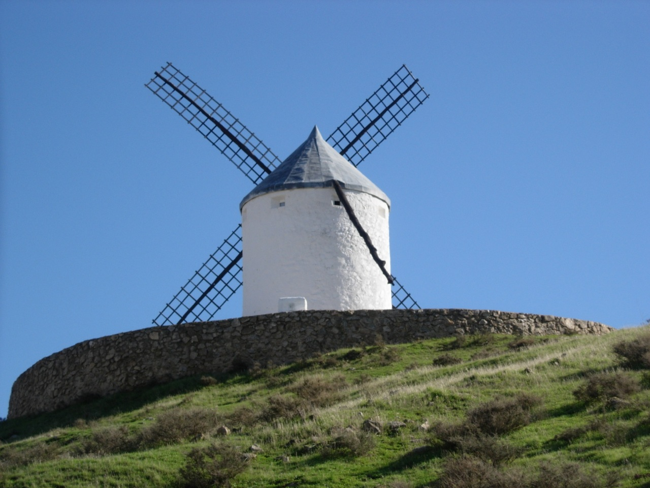 One of the windmills thought to have been an inspiration for Don Quixote. Photo by author.